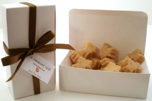 Vermont Maple Sugar Candy Leafs Gift Box