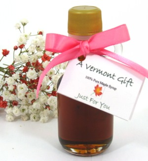 maple syrup mini bottle vermont wedding favor