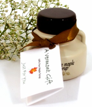 maple syrup petite jug vermont wedding favor