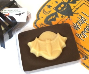 Halloween Chocolate-Maple Bat Candy