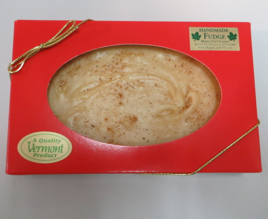 Eggnog Fudge, 1 lb. red gift box (Seasonal) - Image 2